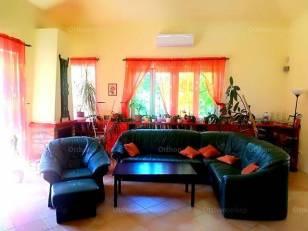 Eladó családi ház Szigethalom, 5+1 szobás