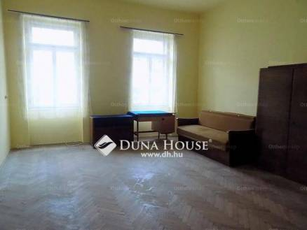 Eladó 2 szobás lakás Zalaegerszeg a Takarék közben