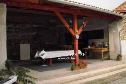 Bajnai eladó családi ház, 2 szobás