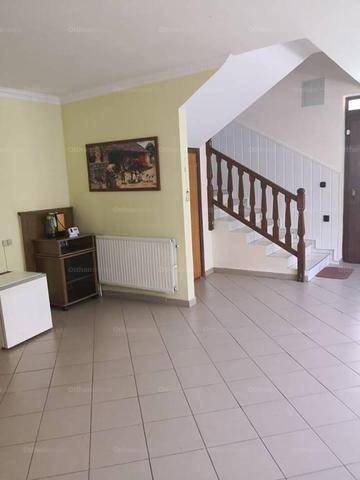 Eladó családi ház Mosonmagyaróvár, 6 szobás