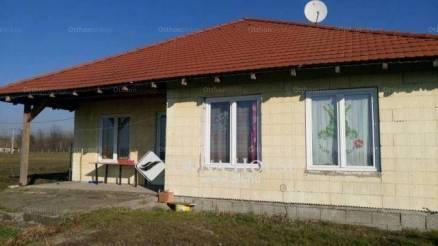 Délegyháza családi ház eladó, 1+5 szobás