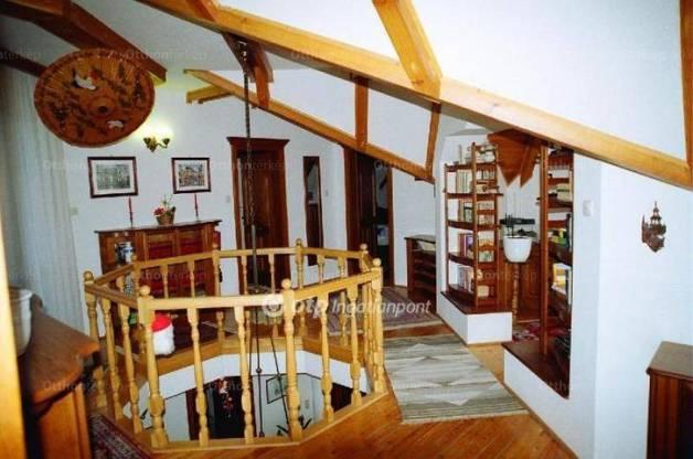 Törökbálint családi ház eladó, 4 szobás