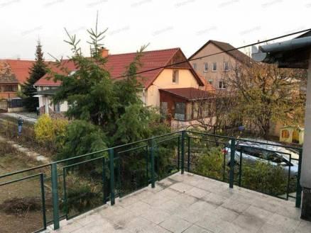 Dunakeszi 3 szobás családi ház eladó