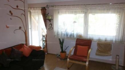 Eladó lakás Szeged a Tündér utcában, 1+3 szobás