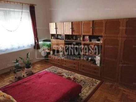 Eladó családi ház Újpesten, IV. kerület Nádor utca, 3 szobás