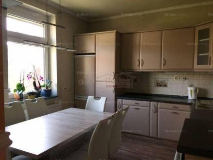 Soproni kiadó családi ház, 4 szobás, 260 négyzetméteres