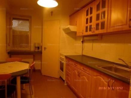 Hévízi eladó lakás, 2+1 szobás, 60 négyzetméteres