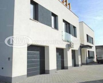 Veszprémi lakás eladó, 68 négyzetméteres, 2+1 szobás
