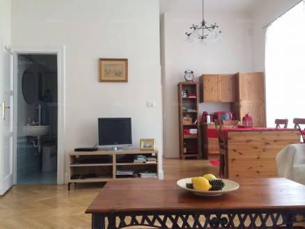 Kiadó lakás Erzsébetvárosban, a Wesselényi utcában 51-ben, 3+1 szobás