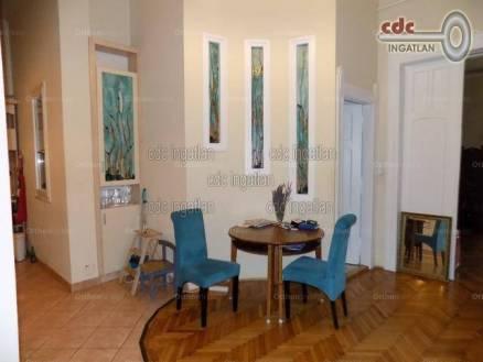 Budapesti lakás eladó, Krisztinavárosban, Schwartzer Ferenc utca, 2+1 szobás
