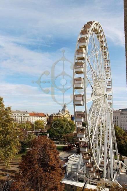 Budapesti eladó lakás, 5 szobás, 223 négyzetméteres