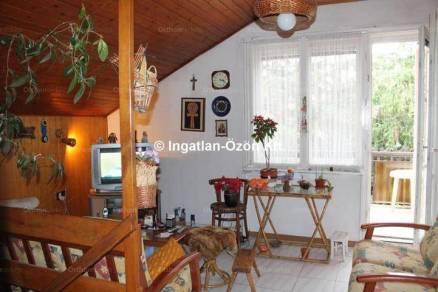 Budapest eladó családi ház, Kútvölgy, Kútvölgyi út, 170 négyzetméteres