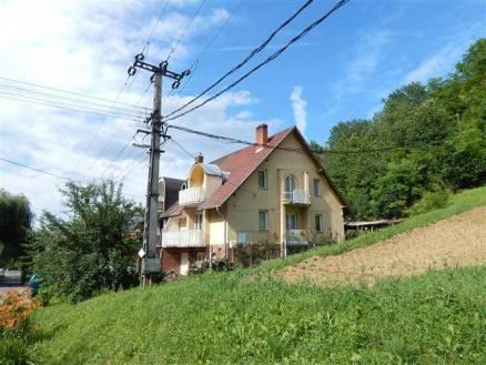 Eladó családi ház Kaposvár, 2+3 szobás