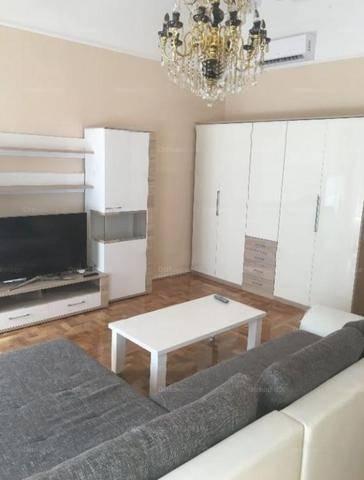 Budapesti lakás kiadó, 80 négyzetméteres, 2 szobás