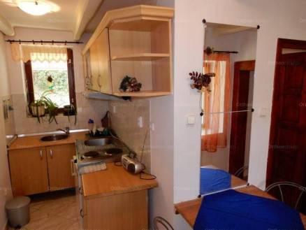 Eladó családi ház Kaposvár, Benedek Elek utca, 1 szobás