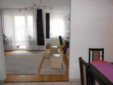 Eladó 3 szobás lakás Székesfehérvár