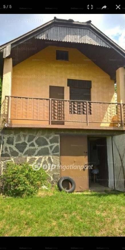 Borgátai eladó ház, 2 szobás, 57 négyzetméteres
