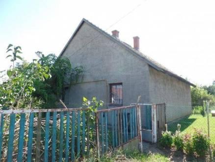 Tiszafüred 3 szobás családi ház eladó