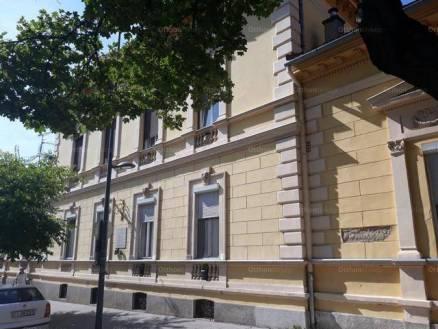 Eladó 2 szobás Pécs a Búza téren