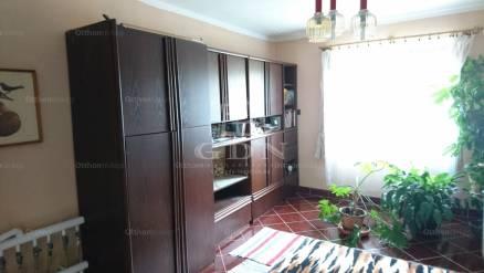 Szolnok 5 szobás családi ház eladó