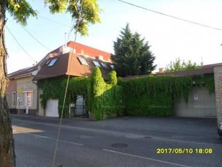 Budapesti családi ház eladó, 167 négyzetméteres, 5 szobás