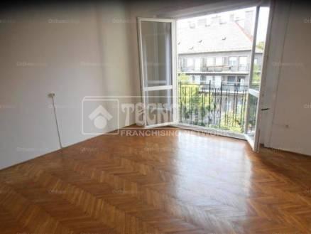 Eladó 2+1 szobás lakás Budapest