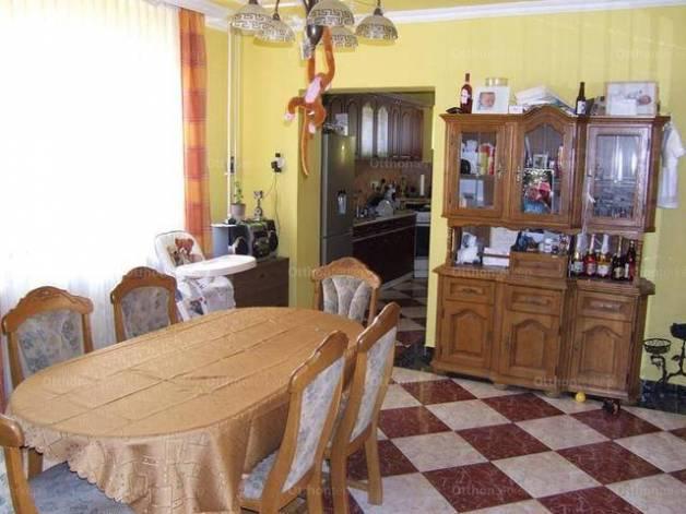 Eladó családi ház Inárcs, 3 szobás