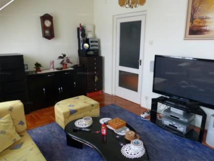 Debrecen lakás eladó, Károli Gáspár utca, 2+2 szobás