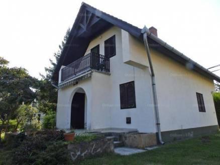 Eladó nyaraló Balatonmáriafürdő, 1+3 szobás