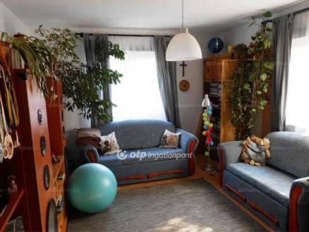 Érdi családi ház eladó, 150 négyzetméteres, 4+1 szobás