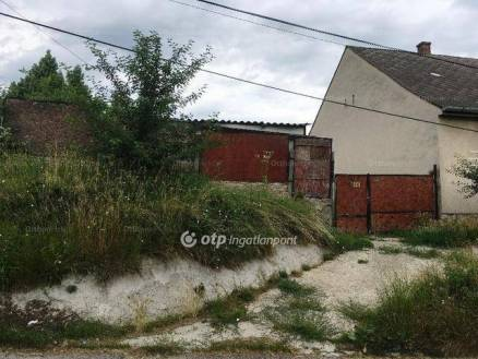 Eladó 2+1 szobás családi ház Kaposvár