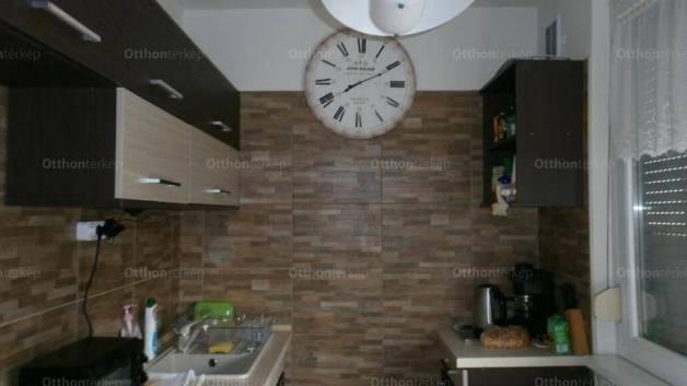 Eladó 2+1 szobás lakás Szeged a Vedres utcában