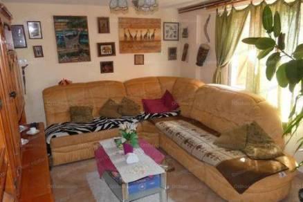 Eladó 2+3 szobás családi ház Nemesgulács