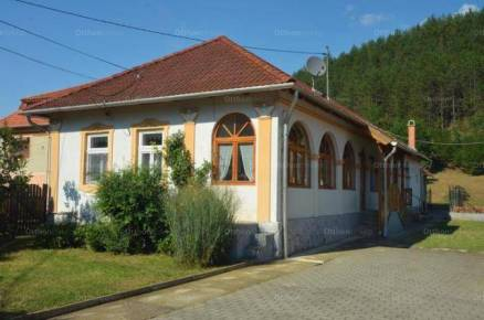 Eladó családi ház, Váraszó, 4 szobás
