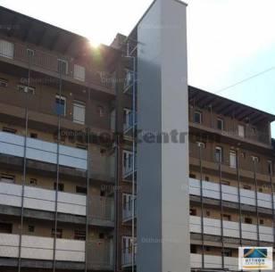 Lakás eladó Szekszárd, a Szent István téren, 45 négyzetméteres