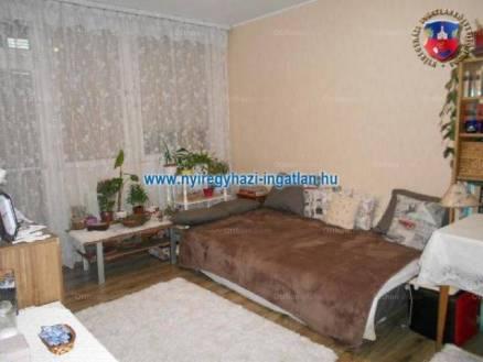 Nyíregyházai eladó lakás, 2 szobás, 51 négyzetméteres