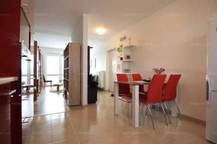 Mosonmagyaróvári lakás eladó, 63 négyzetméteres, 3 szobás