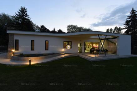 Siófoki ház eladó, 127 négyzetméteres, 4 szobás