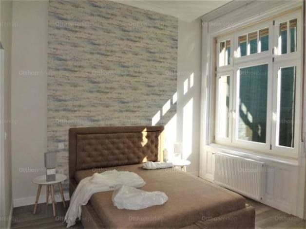 Budapest kiadó lakás Belvárosban a Petőfi Sándor utcában, 62 négyzetméteres