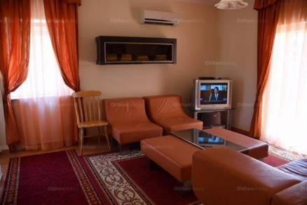 Veszprémi eladó családi ház, 3 szobás