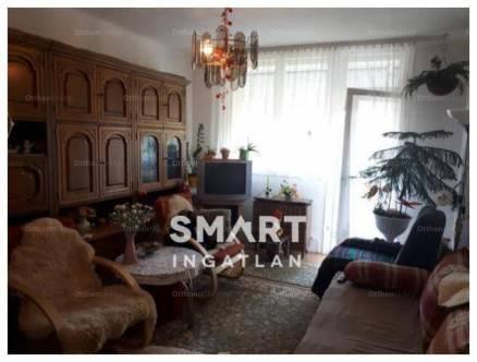 Szekszárdi eladó lakás, 1+2 szobás, a Kőrösi Csoma Sándor utcában
