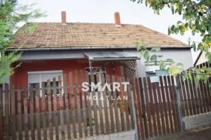 Várdomb eladó családi ház az Erkel soron