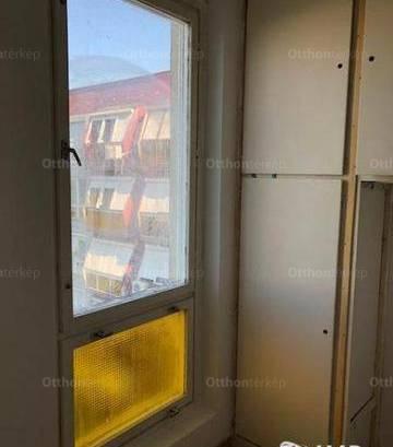 Eladó lakás Pécs, 2 szobás