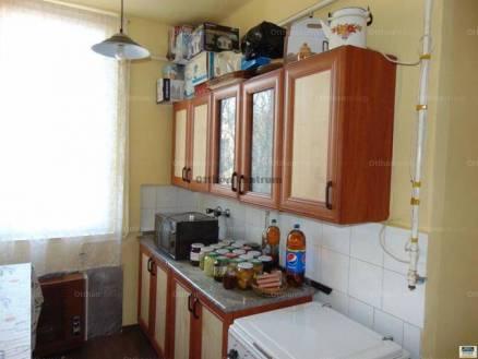 Eladó lakás, Salgótarján, 2 szobás