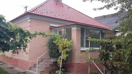 Mosonmagyaróvár családi ház eladó, 2 szobás