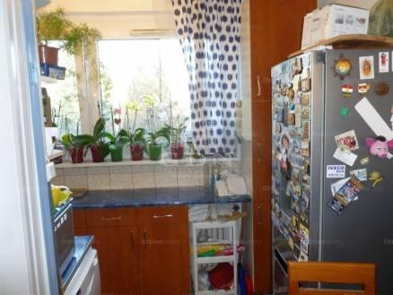 Eladó lakás Miskolc, 2+1 szobás