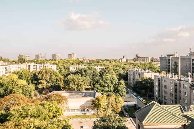 Budapesti lakás eladó, Óhegyen, Kőrösi Csoma Sándor út, 2 szobás