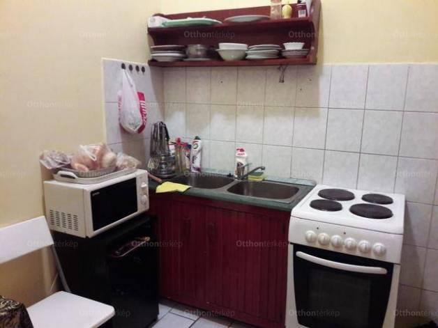 Eladó lakás Józsefvárosban, 1 szobás