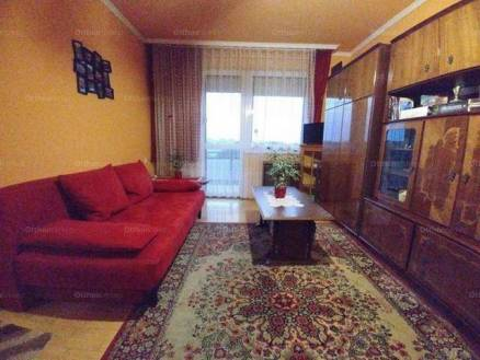 Nyíregyházai eladó lakás, 2 szobás, a Kert utcában
