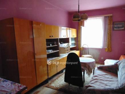 Gyöngyösfalui eladó ház, 2 szobás, 90 négyzetméteres